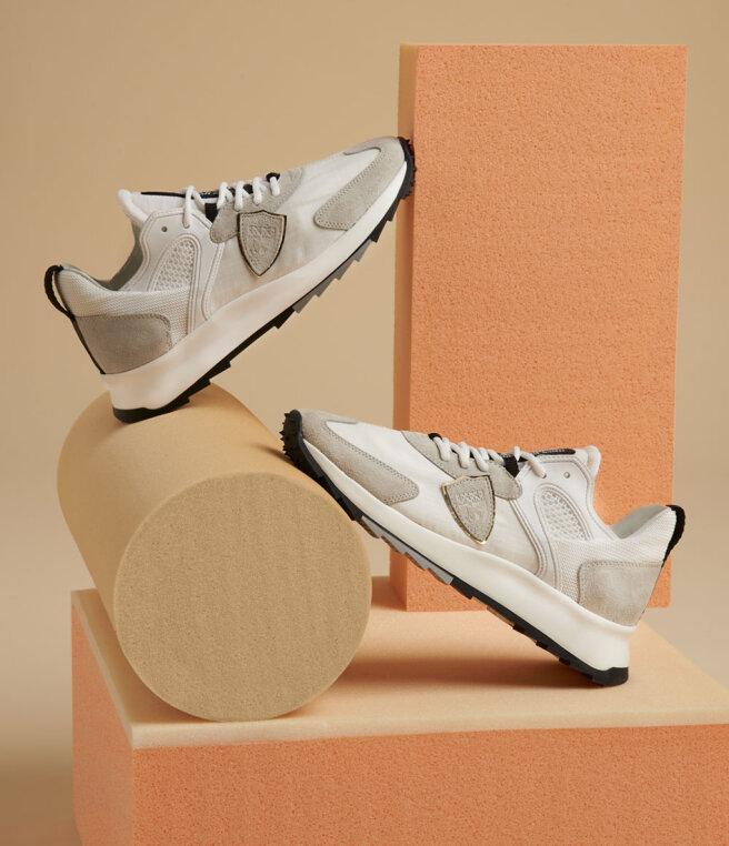 dolne-sneakersy-1.jpg